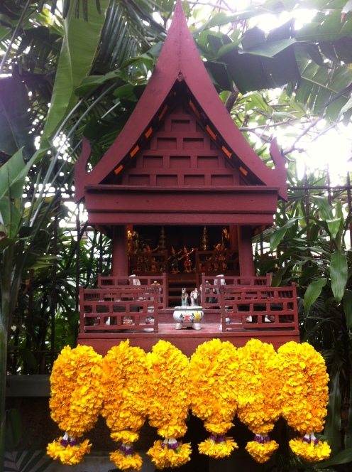 little house shrine (thai people believe when they build a house they displace the spirits who live there so they must build them a new house to live in)