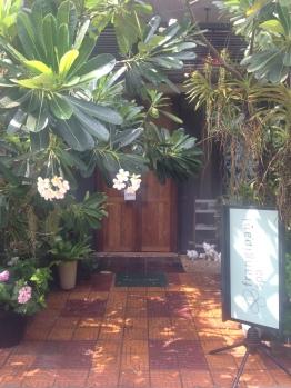 The pretty hidden entrance